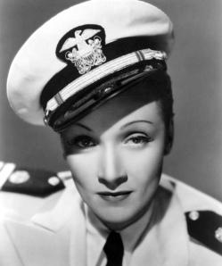 Marlene  Dietrich in Seven Sinners